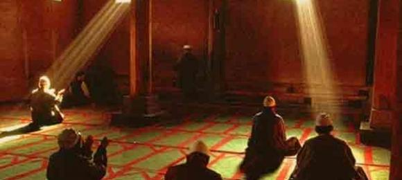 Kalbi kırıkların duası kabul olur